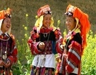The majority of the other 53 ethnic minority groups gather in the mountainous regions.